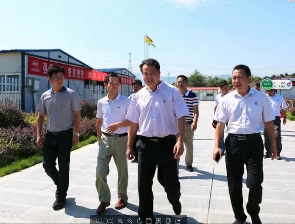 王庆武视察指导高铁项目建设