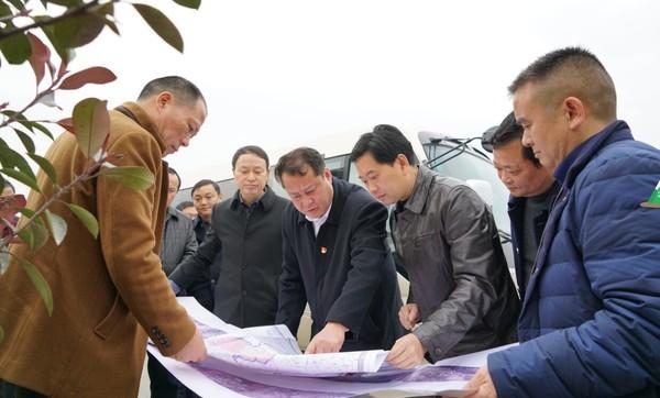 王庆武调研G318公路改建工程前期工作