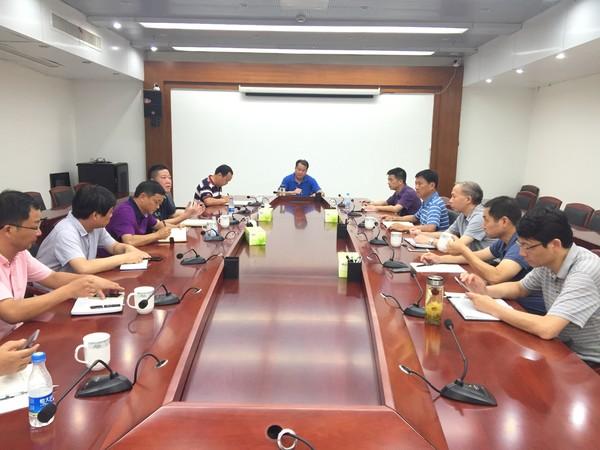 王庆武调度城市建设和棚户区改造工作