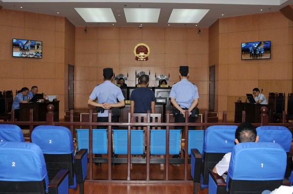 广德县人民医院原副院长高建军贪污受贿26万余元 获刑一年十个月