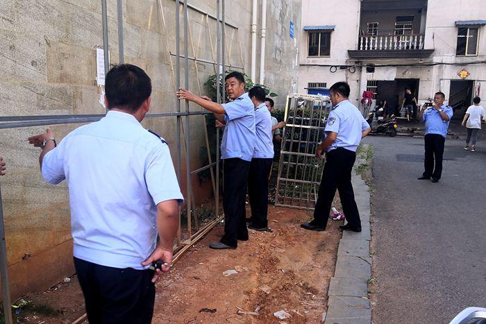 泾县:多部门联合开展市容秩序整治 推进文明创建工作