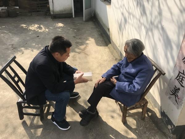 """卢村乡:宋陈村组织开展""""送学上门""""活动"""