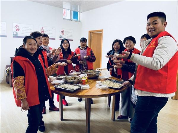 """卢村乡:宋陈村开展我们的节日?春节""""包饺子 送祝福""""新时代文明实践主题活动"""