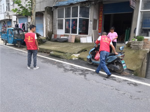卢村乡:石峻村巡逻制度除隐患,文明道路助创建