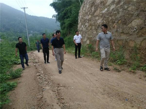 广德市人大常委会副主任芮卫平巡查督导坞石山重点生态功能区林长制工作
