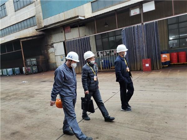 广德市应急局突击检查工贸企业安全生产工作