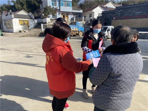 卢村乡:宋陈村计生协开展新冠疫情防控宣传及重点场所自查活动