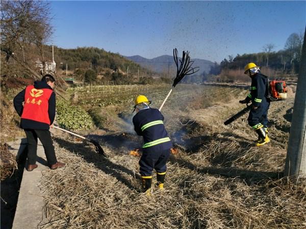 卢村乡:高庙村开展消防应急救援演练